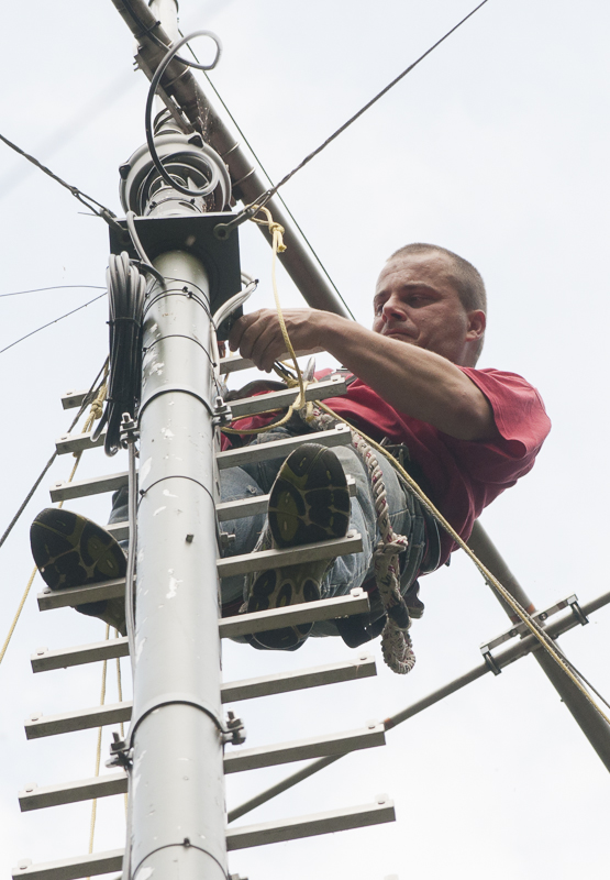 DJ9ZZZ beim Antennenbau